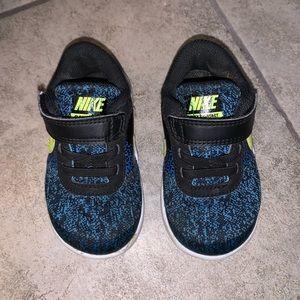 Nike toddler Size 6
